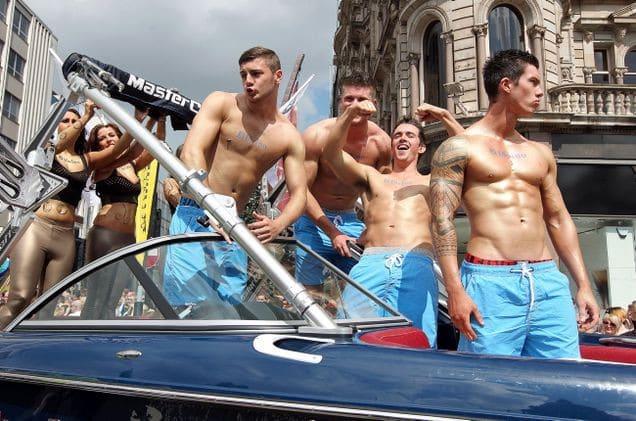PEYE__Belfasty_Gay__702943s